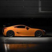 تصویر شاخص لکسوس ال اف ای نارنجی رنگ