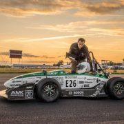 تصویر شاخص خودرویی که رکورد شتاب را شکست