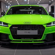 تصویر شاخصی آئودی TT RS سبز رنگ
