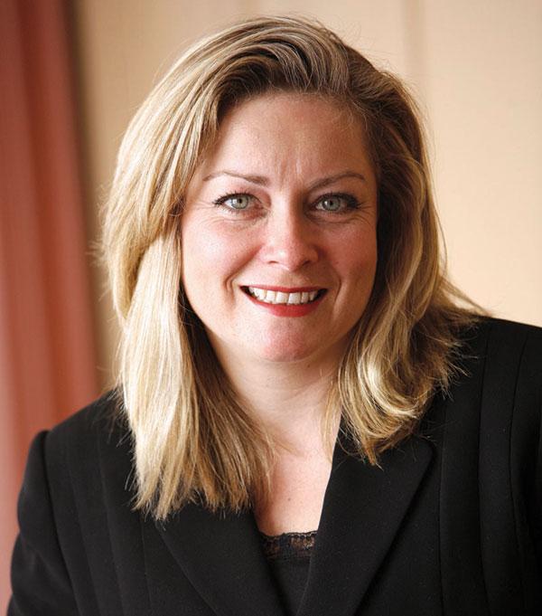 لیندا هیسنفرتز (Linda Hasenfratz)